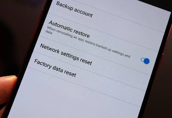 Ilustrasi Reset Ponsel Menggunakan Kode Rahasia Xiaomi Terbaru